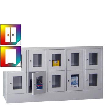 Beispielabbildung: Schließfachschrank mit Sichtfenstern, 10 Fächern (Zylinderschloss), Korpus und Front in Lichtgrau (RAL 7035)