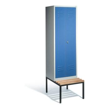Abbildung zeigt Schrank mit Türfarbe Lichtblau (RAL 5012)
