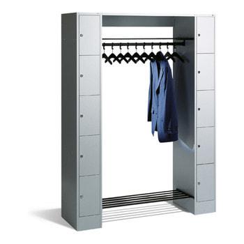 Abbildung zeigt Garderobenanlage mit 10 Fächern und Kleiderhaken in der Korpus- und Türfarbe Lichtgrau (RAL 7035) - Die Angebotenen Farben entnehmen Sie bitte der Artikelbeschreibung - Inhalt nicht im Lieferumfang enthalten